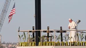 Påven vid gränsen mellan Mexiko och USA.