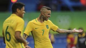 Luan firar sitt mål mot Danmark.