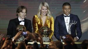 Luka Modric, Ada Hegerberg och Kylian Mbappe.