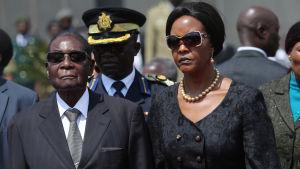 Robert och Grace Mugabe.