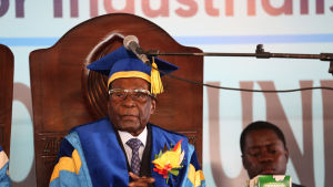 Robert Mugabe öppnade en examensceremoni vid Zimbabwe Open University på fredagen.
