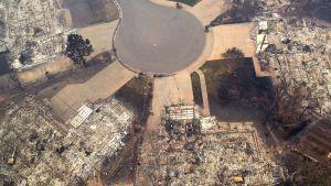 Drönarbild på ett förstört bostadsområde i Paradise. Bilden tagen på torsdagen den 15.11.