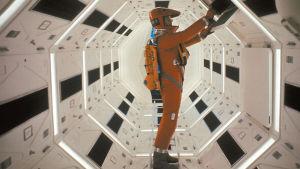 2001: Avaruusseikkailu. Ohjaus Stanley Kubrick.