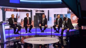 Boris Johnson (längst till vänster), Jeremy Hunt, Michael Gove, Sajid David och Rory Stewart under tisdagens tv-debatt.