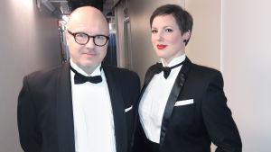 Oscar-gaalan kommentaattorit J. P. Pulkkinen ja Anna Möttölä
