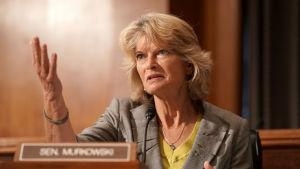 Senator Lisa Murkowski under ett senatsförhör om vacciner den 9 september.