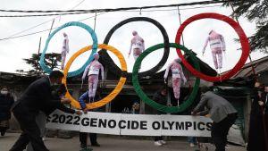 Tibetaner i exil i Indien protesterade nyligen mot vad de kallar för folkmords-OS i Peking nästa vinter.