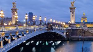 bro i Paris