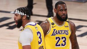 Los Angeles Lakers vann den första NBA-finalen.