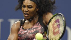 Serena Williams i första omgången i US Open 2015