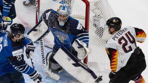 Kari Piiroinen, som spelar klubblagshockey i Tuto, är Finlands målvaktsetta.