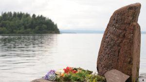 Blommor på Utvika cmping bredvid Utøya.