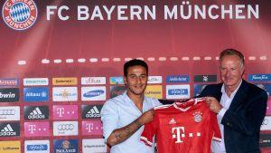 Thiago Alcantara signs for Bayern