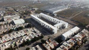 Asuinkortteli Monterrey, Mexico 2010. Suunnittelija Alejandro Aravena. Kuva Ramiro Ramirez