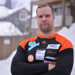 Porträttbild på Tomas Söderlund.