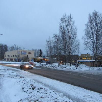 Kuvassa näkyy Kannuksen keskusta talvella.