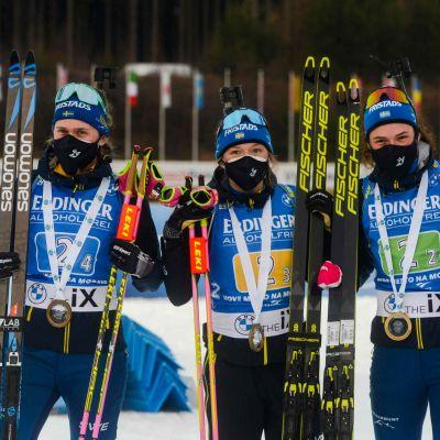 Elvira Öberg, Linn Persson, Hanna Öberg och Mona Brorsson ingick i det svenska vinnarlaget.