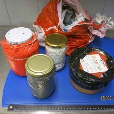 Amfetaminet har smugglats i form av pulver och olja