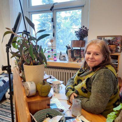 Maria Serrano på Hub Feenix i Mjölbolsta.