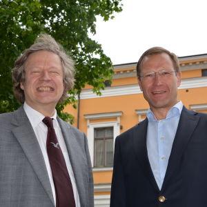 Sibelius i Korpos konstnärlige ledare Folke Gräsbeck och verksamhetsledare Petri Kirkkomäki