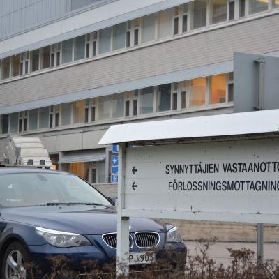 Skylt för förlossningsavdelningen i Borgå Sjukhus