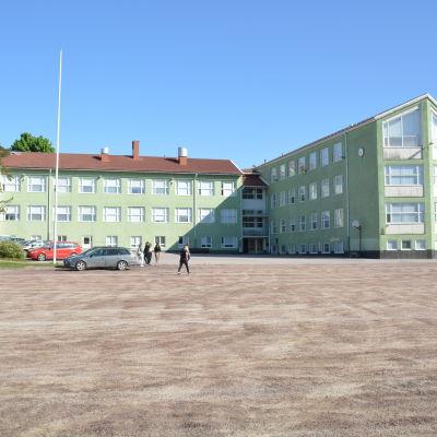 Karjaan Yhteiskoulu i Karis, det här är A-huset.