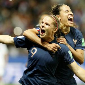 Eugenie Le Sommer avgjorde med ett straffmål matchen mot Norge.