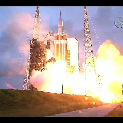 Här skjuts rymdraketen Orion upp.