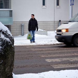 Skyddsväg över Alexandersgatan i Borgå