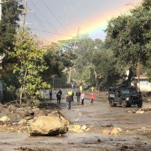 Santa Barbara utanför Los Angeles drabbades värst av omfattande jordskred