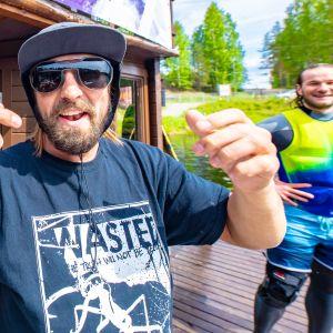 Kuvassa on Vuokatin Vesiurheilukeskuksen yrittäjä Jaakko Tossavainen
