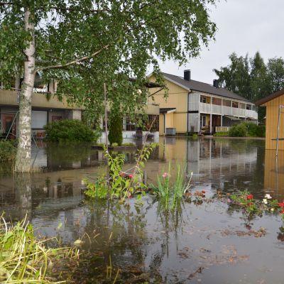 Översvämning vid Karis sportplan