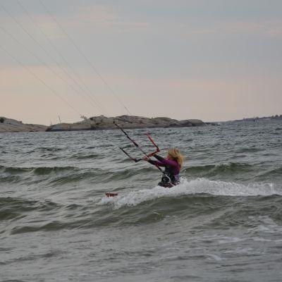 Kitesurfare Lina Björkskog