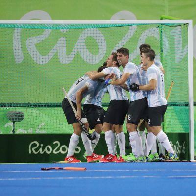 Argentiina löi Belgian maahockeyn olympiafinaalissa.