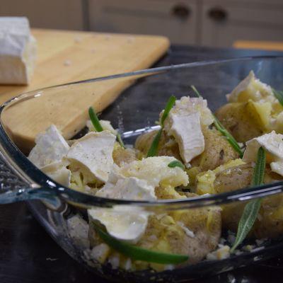 Potatis och getost i en ugnsform