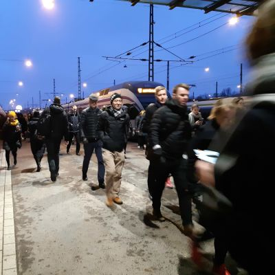 Morgonrusning på järnvägsstationen i Helsingfors
