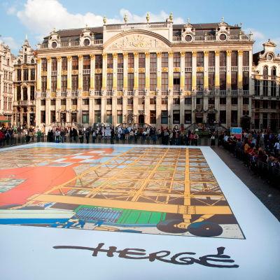 Tintin museoaukio Brysselissä.