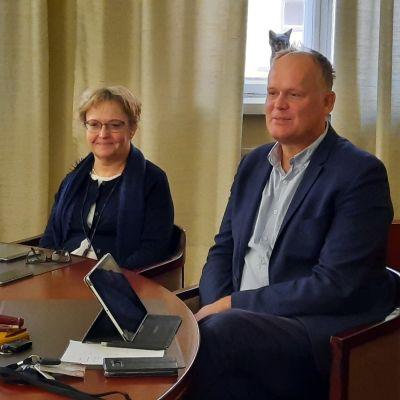Anne Ekstrand och Ove Sjölund säger att man nu stakat ut budgetramarna för nästa år.