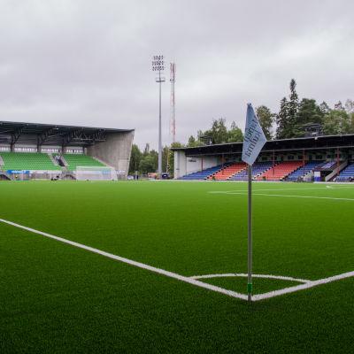 Konstgräsplanen på Sandvikens fotbollsstadion i Vasa.