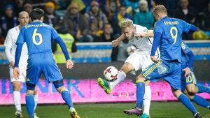 Paulus Arajuuri är back i Finlands fotbollslandslag.