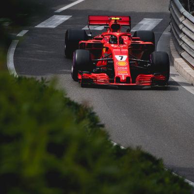 Kimi Räikkönen i farten i Kanada.