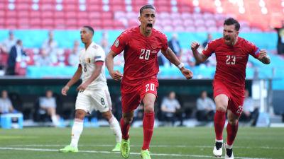 Yussuf Poulsen iski Tanskan 1–0-maalin Belgiaa vastaan.