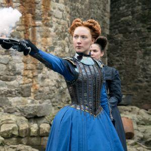 Maria Stuart avlossar ett rykande skott.