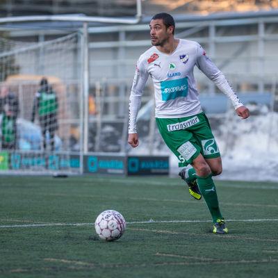 Bobbie Friberg da Cruz spela för IFK Mariehamn.