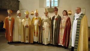 Biskop Björn Vikström och assisterande biskopar.