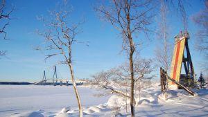 Fjärdskär och Replotbron  i vinterskrud