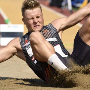 Kristian Bäck hoppar längd, FM 2018.