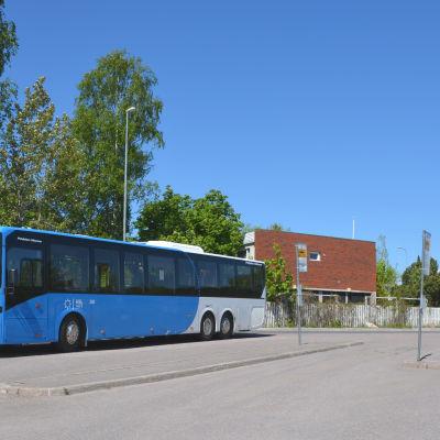 HRT:s buss i Nickby