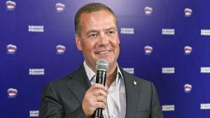 Den förre presidenten och premiärministern Dmitrij Medvedev som numera ledare Enade Ryssland var nöjd efter valet.