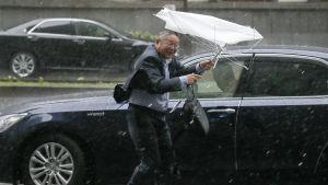 Tyfonen Phanfone i Tokyo
